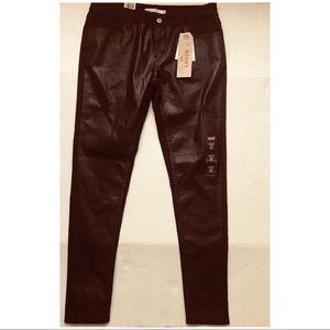 🌺NWT LEVIS 535 Burgundy Super Skinny 29 (8) Jeans